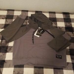 Light weight hoodie